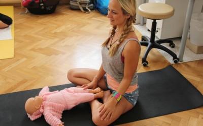 """""""Papa, wir sind dann beim Yoga"""""""